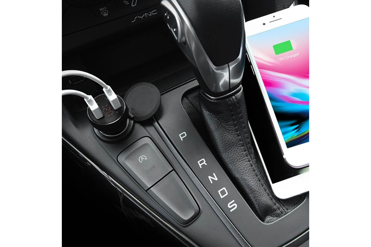 Автомобильное зарядное устройство 2USB HOCO Z22 Double USB port car charger with digital display 2400 mAh черный