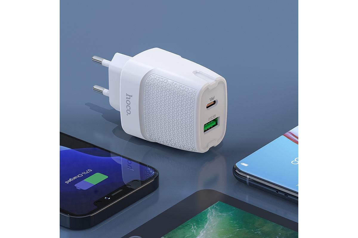 Сетевое зарядное устройство USB + Type-C HOCO C85A Brigt dual port PD20W+ QC3.0 charger белый