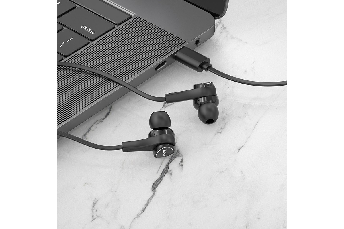 Гарнитура HOCO M67 PassionType-C wire control earphones черная